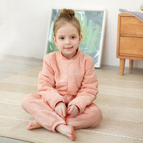 """能""""自发热""""的儿童马甲、棉服套装?龙之涵儿童自发热棉衣套装、马甲!迅速升温3°C,轻盈保暖吸湿,一件轻松过冬!柔和舒适水洗棉,日本纤维填充技术,吸湿发热,轻薄保暖"""