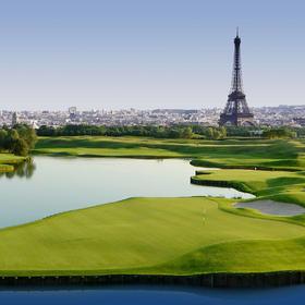 7月 | 法国诺曼底城堡高尔夫红酒马术之旅