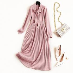 2018女装连衣裙冬季新款纯色绑带V领几何镂空高腰针织中长裙8654