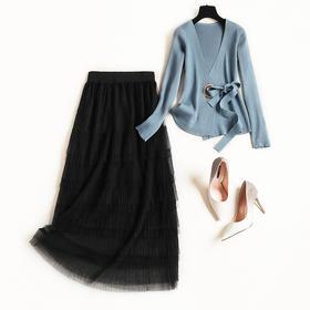 2018冬季时尚针织裙套装女新款两件套系带打底网纱打底蛋糕裙8781