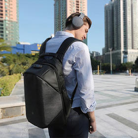 CLICK 立体防盗背包 旅行包 15.6寸笔记本电脑商务双肩包K包   代购