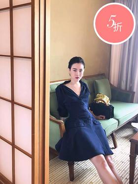 深蓝奶丝日式复古贵妇连衣裙