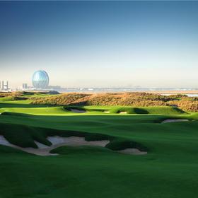 世界NO.46 阿布扎比亚斯林克斯球会 Abu Dhabi YAS LINKS GOLF Club
