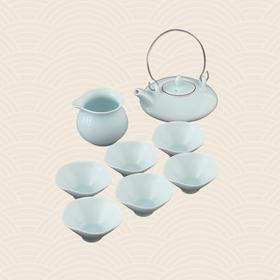 故宫博物院 8头青釉铜柄提梁壶茶具
