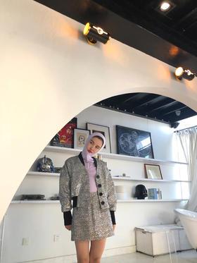 银色夹克裙子套装   设计师系列