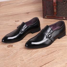 麦包包-英国Clous Krause 牛皮时尚尖头皮鞋男英伦休闲皮鞋商务牛皮男鞋透气潮单鞋