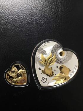 2018年珠联璧合金银币