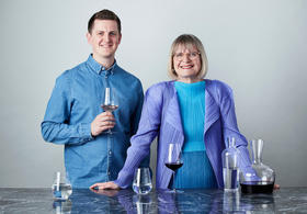 【970会员专享】杰西斯·罗宾逊大师亲自设计的万能酒杯,邀您成为首席体验官!