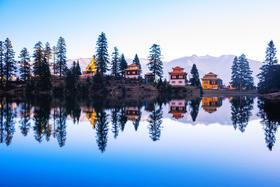 川西雅拉雪山新都桥措卡湖色达中路藏寨之旅