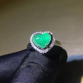 【DD8122163】18k金伴天然南非钻石镶嵌纯天然心形祖母绿戒指