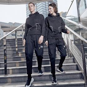 【双面穿的时尚卫衣】城市机能轻壳卫衣 | 防泼水、抗风透气、轻便舒适