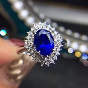 斯里兰卡无烧蓝宝石戒指