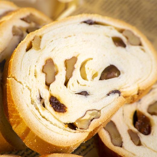 【半岛商城】俄罗斯果仁列巴470g*2条 列巴面包代餐 推荐核桃仁葡萄干 精选品质 商品图3