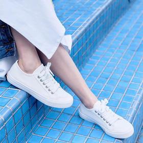 不怕水的英国 Rockfish 小白鞋!梅根王妃怀孕都穿,防雨防污,显腿长!