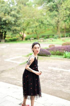 刺绣蕾丝玫瑰天使吊带裙