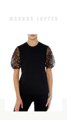 NEW!上新!Markus Lupfer新品T恤,高级大牌的品质,梦幻公主泡泡袖,手绣立体小花超级可爱减龄!遮手臂又显瘦,人手必备!黑白两色都有,S M L三个码数