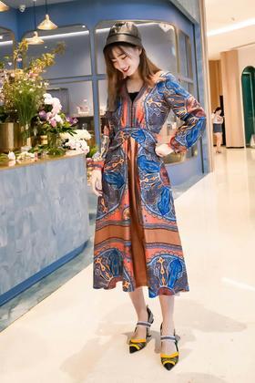 💜新品!sard*真丝印花连衣裙,16mo米斜纹绸,定位印花,用料很大,质感做的比原版还要好,图案有点小马风格