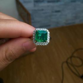 3.25克拉祖母绿戒指