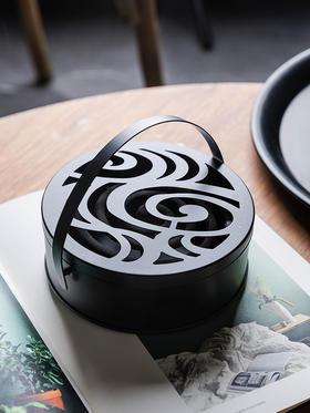 摩登主妇创意铁艺蚊香架家用带盖防火蚊香盒日式复古便携香薰炉