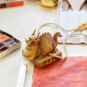 guodong 逗兽记《猪龙》黄玉配色限定版 雕塑