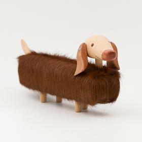 卡洛斯·克利维亚  卡洛斯木刻小狗 榉木、牛皮艺术摆件