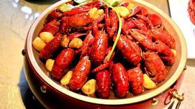 99元抢!219元龙虾套餐!2斤龙虾(大虾)+招牌牛肉炒饭+拍黄瓜