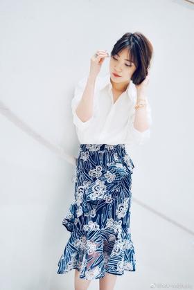 MAISON COVET   立体蕾丝鱼尾裙
