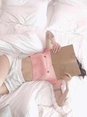 甜美系胸前草莓紧身性感T恤粉\黑
