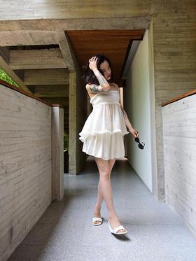 杏仁淡奶油古典高腰褶皱复古裙裤