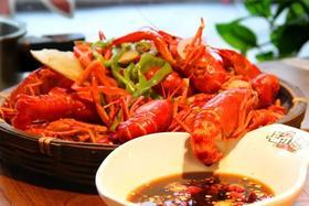 99元吃2斤小龙虾+8只汽锅生蚝+炝毛豆 拍黄瓜!超实惠夏日夜宵套餐 就选这个!