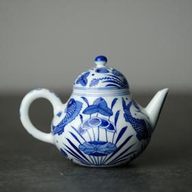 长物居 观味 手绘青花鱼藻纹茶壶