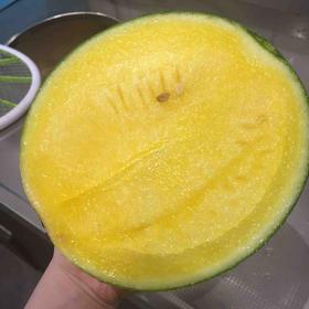 黄西瓜  | 皮薄肉厚,汁水丰盈,甜度好。