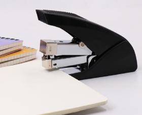 【办公文教】益而高订书机 S5111装订机办公文教支持混批厂家生产起钉器订书机