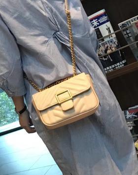 麦包包-戈尔本 新款时尚百搭女士单肩斜挎包