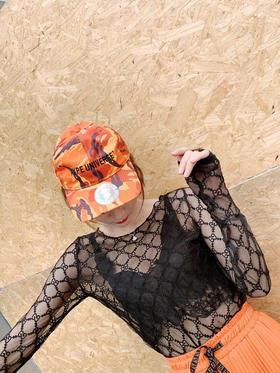 新款gucci镂空打底衫 超级超级凸显女人味的一款长袖打底✌️ 镂空设计 若影若现 性感单品 上身超级好看❤️尺码均码