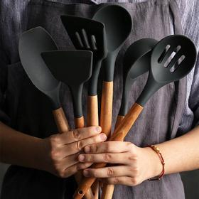 你家的铲子已经配不上锅!木柄奶嘴儿级硅胶铲勺 手感轻巧 烹饪更享受