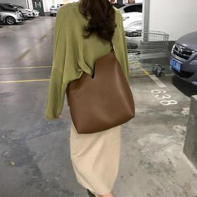 韩国宽肩带ins水桶包包女斜挎包大容量网红同款pu软皮夏季托特包