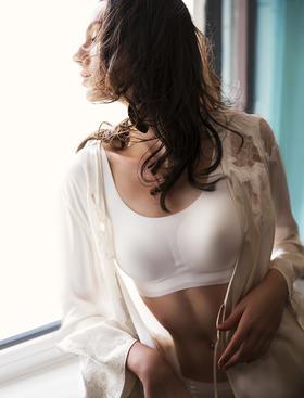 Ubras 舒适无痕深V版文胸内衣 已售100000件的爆款 CRBV