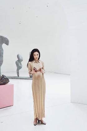 艺术性感涟漪优雅泛金针织长裙