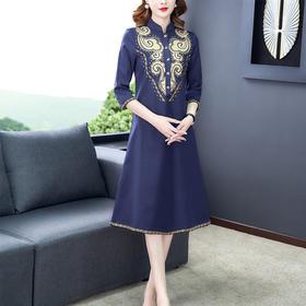 AHM8929myx新款复古风优雅刺绣连衣裙TZF