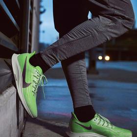 Nike耐克 Air Zoom Pegasus 36 男款跑鞋 - 中高级缓震系