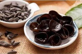 中餐中的黑色瑰宝 含铁补钙比肉高100倍 的竹木耳