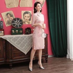 改良丝绸,绣花中袖旗袍MLS-8146