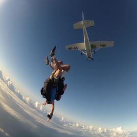 安吉最刺激3000米高空跳伞,一生值得我们去勇敢挑战一次!(自由行)