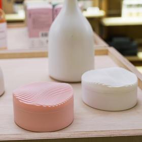 RhysuAir 日本原装空净盒 室内除醛 消臭利器 3倍祛味因子 活性炭粒 80天持续有效  24小时持续作用