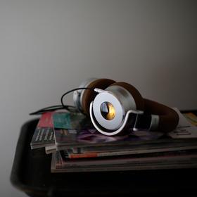 【炫酷复古VU表】英国Meters OV-1头戴式耳机(有线版) 主动降噪 线控操作 独特发光VU表