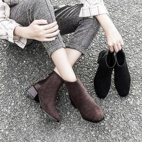 一穿腿长1米8!MRING 秋冬时尚女靴!腿粗、腿短都能救!显瘦显高,舒适度100分!轻松拥有九头身!短靴、中筒靴、高筒靴多款可选,粗跟针织弹力靴,舒适的筒高设计,质感羊猄绒,透气超纤里,防滑橡胶底!