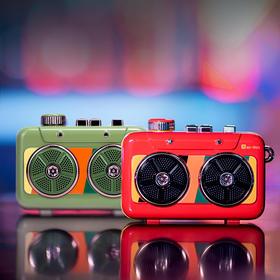 猫王收音机系列-霹雳唱机便携式蓝牙音箱 真立体双喇叭 智能语音 抖腿双响炮