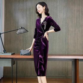 【清仓特价 不退不换】KQLFS8977新款2019秋季V领修身气质镶钻金丝绒裙TZF