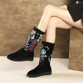 MJ-802-1冬季新款刺绣保暖雪地靴